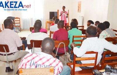 Participants à l'atelier sur l'écriture d'une série TV ©Akeza.net