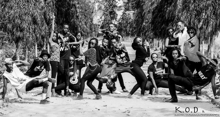 Danseurs de K.O.D ©Michel Lunanga