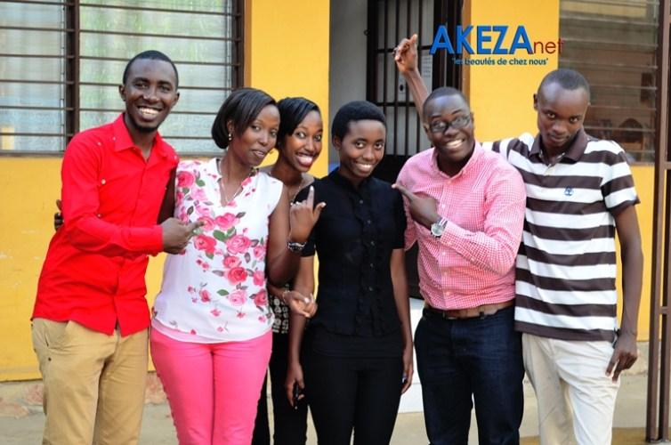 Photo : Audrey + équipe Akeza.net (du moins ceux qui étaient là) ©Akeza.net