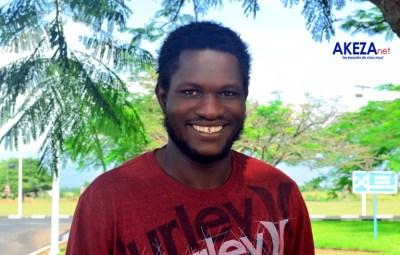 Le formateur Léon Zongo à son arrivée à l'aéroport international de Bujumbura