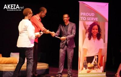 Elysée Nimubona , gagnant d'un billet d'avion gratuit grâce à Ethiopian Airlines ©Akeza.net