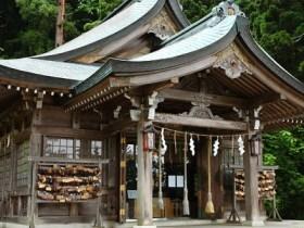 真山神社(男鹿市)