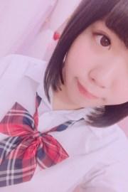 えみり(JK上がりたて18歳2000年生まれ)