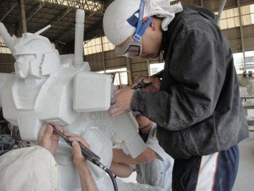 gundam-marble-statue-to-be-in-odaiba-02