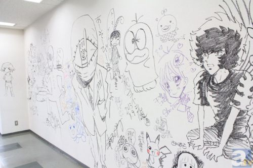 shogakukan-building-open-for-graffiti-art-special-events-01