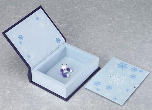 nendoroid-yuki-miku-magical-snow-ver-10