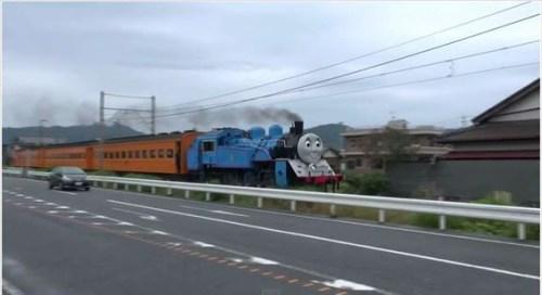 life-size-thomas-begins-running-on-japanese-railroad-04
