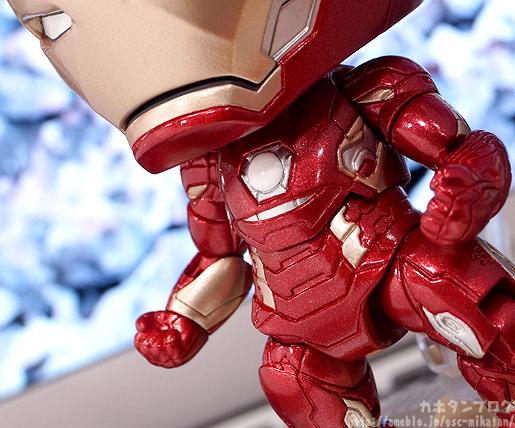 nendoroid-ironman-mark-45-hero-edition-02