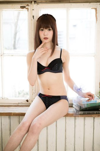 madoka-magica-anime-get-their-own-line-of-lingerie-06