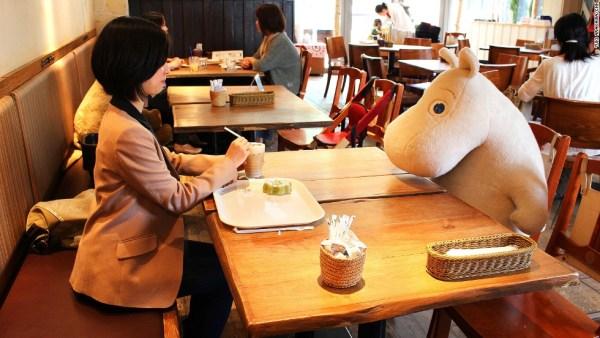 weirdest-japan-cafes-34