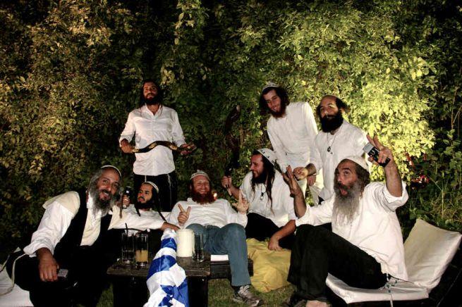 Na Nachosok készülnek egy Tel Aviv-i esküvői fellépésre
