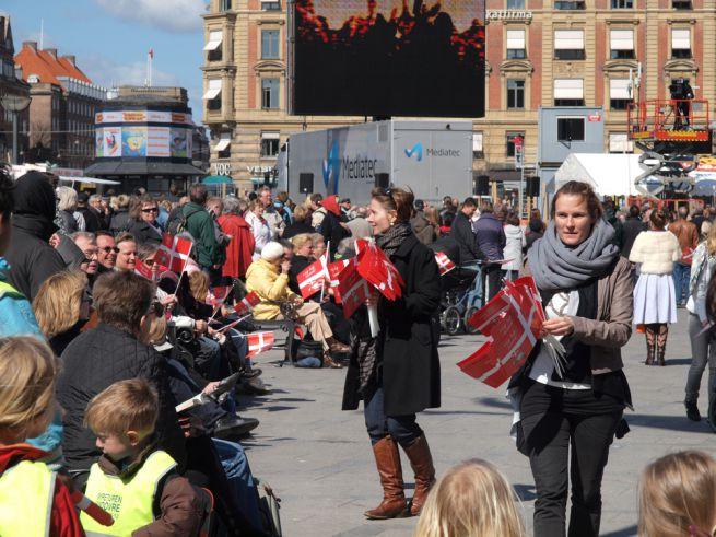 tüntetők Koppenhágában
