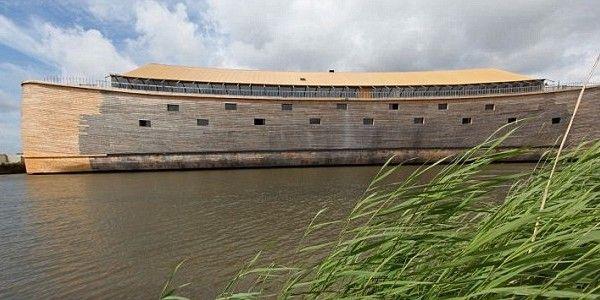 Noé bárkájának megépített mása Hollandiában