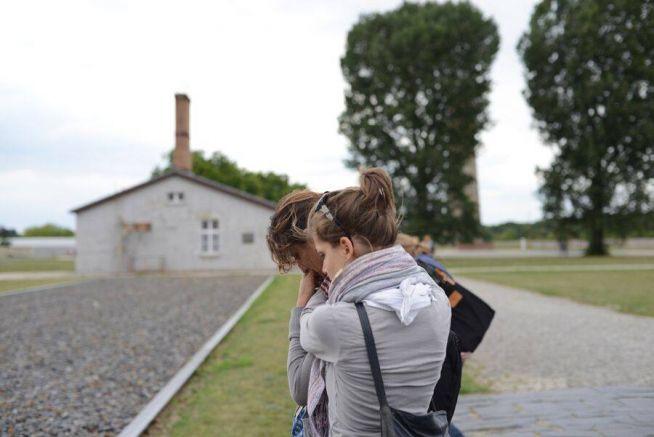 A Muszlim-Zsidó Konferencia résztvevői ellátogattak a Sachsenhausen-i koncentrációs táborba, ahol közösen imádkoztak