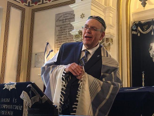 Raj Ferenc az aranydiploma átadási ünnepségén a Rabbiképzőn
