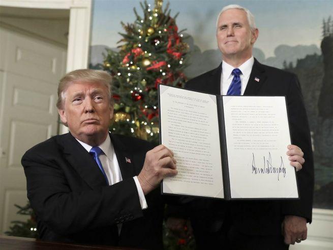 Donald Trump a Jeruzsálemet Izrael fővárosának elismerő nyilatkozattal