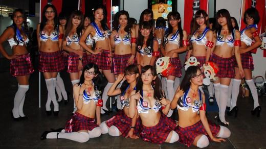 TGS 2013 Babes Grupo