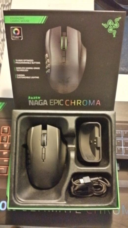 Razer naga epic chroma 003
