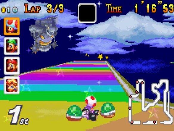 Una Rainbow Road plagada de atajos. Espectacular.