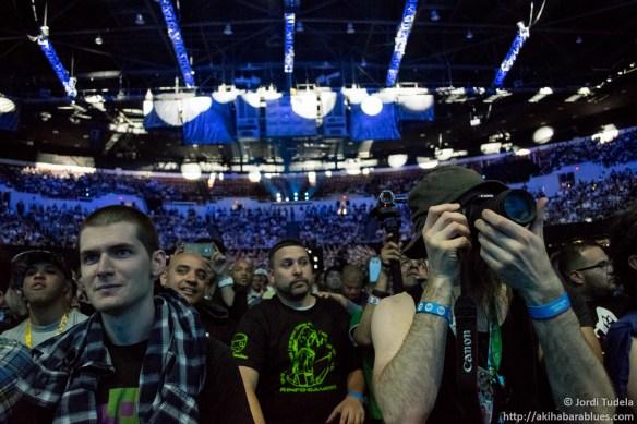 Baronet liándola parda a pie de conferencia del E3 2015