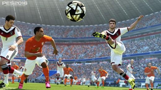 PES2016-gamescom-Germany_vs_Netherlands_1438752426