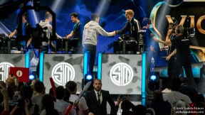 OG vs TSM Fair Play - LoL Worlds 2015