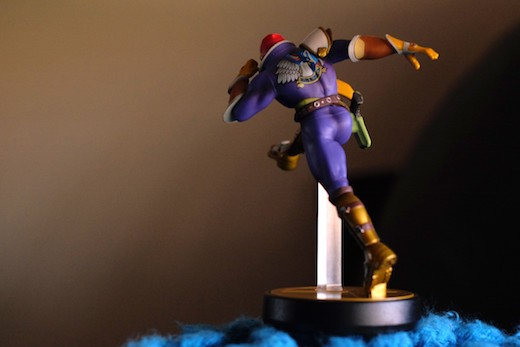 captain falco amiibo
