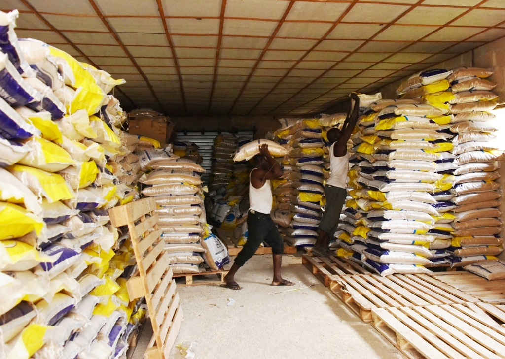 Bags of Lake Rice being offloaded for distribution and sale across Lagos State by the Government at the Agricultural Development Authority Complex, Oko-Oba, Agege on Wednesday, 23 August 2017