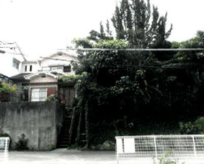 【売買】10万円(成約済)大阪府和泉市王子町 バス停・コンビニ・公園近い 1km前後に主要施設 高台で景観良好