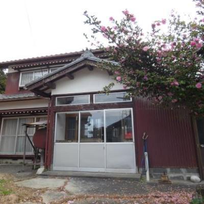 【売買】170万円(応相談) 新潟県村上市葛籠山 渓流荒川・桜の名所が近い 物置付き2階建