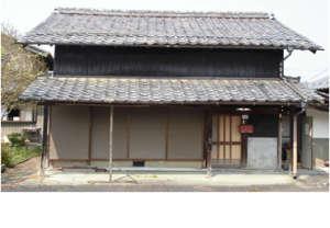 【売買】50万円 岐阜県山県市岩佐 買物・通学便利な住宅地の小ぶりな古民家