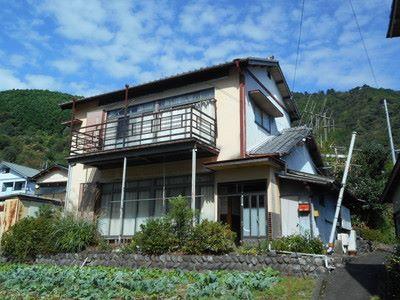 (成約済)【賃貸】2万円 静岡県島田市川根町家山 丘陵地帯にある 広いバルコニー・駐車場付き2階建