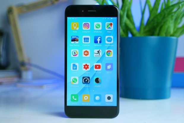 0 Топ-11 самых популярных производителей смартфонов в России – у Xiaomi все плохо