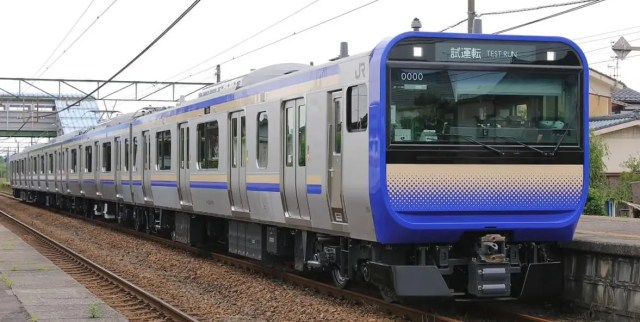 総武快速・横須賀線向けE235系1000番台付属編成が新津出場!