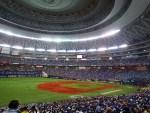 初,大阪ドーム!ハマスタ慣れしてるベイファンその大きさに