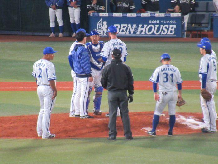 パットンピンチを迎える:日本シリーズ第3戦横浜スタジアム