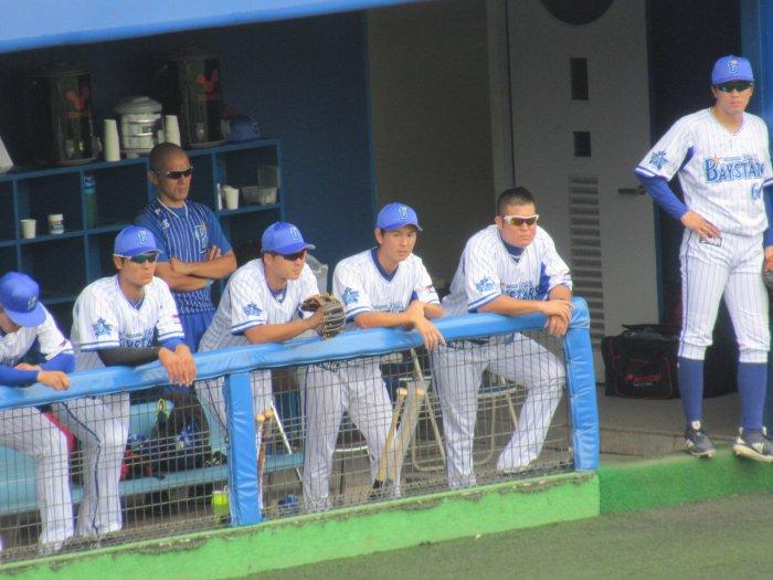 須田幸太投手とゴメス選手:横須賀スタジアム最終戦2018