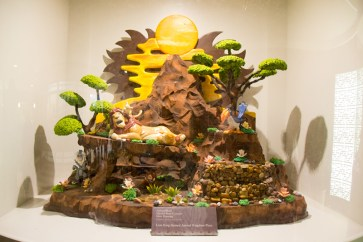 Lion King chocolate sculpture