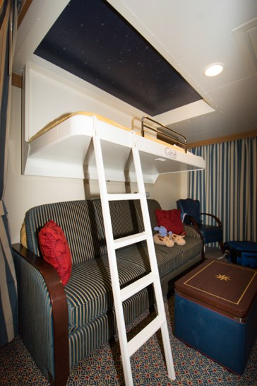 Deluxe Family Stateroom with Veranda - 9106 bunk bed