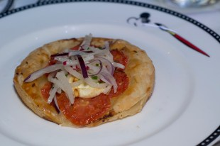 Tomato and goat cheese tarte