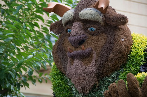 Beast topiary