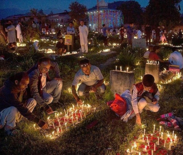 People Light Candles On Graves On The Occasion Of Shab E Barat Photo Courtesy Instagram Indiaphotostory
