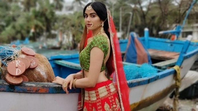 Adah Sharma Hot Bold Gorgeous Pictures