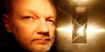 Sweden drops rape investigation against WikiLeaks founder Julian Assange