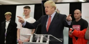 Boris Johnson calls for closure on Brexit in first speech after landslide poll win