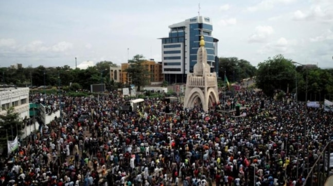 Mali opposition says extra leaders arrested after mass protest