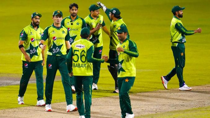 NZ vs PAK: Pakistan players not allowed to train outdoors after 8 test  positive for coronavirus - Sports News