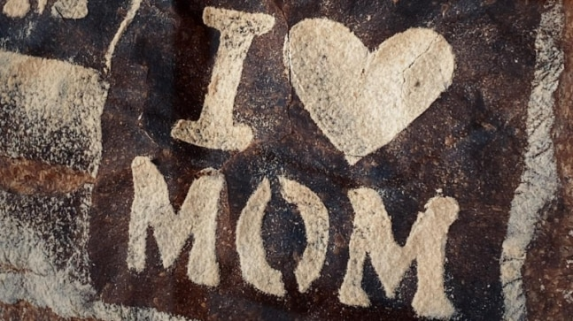 5 ways to cheer your mother this Mother's Day