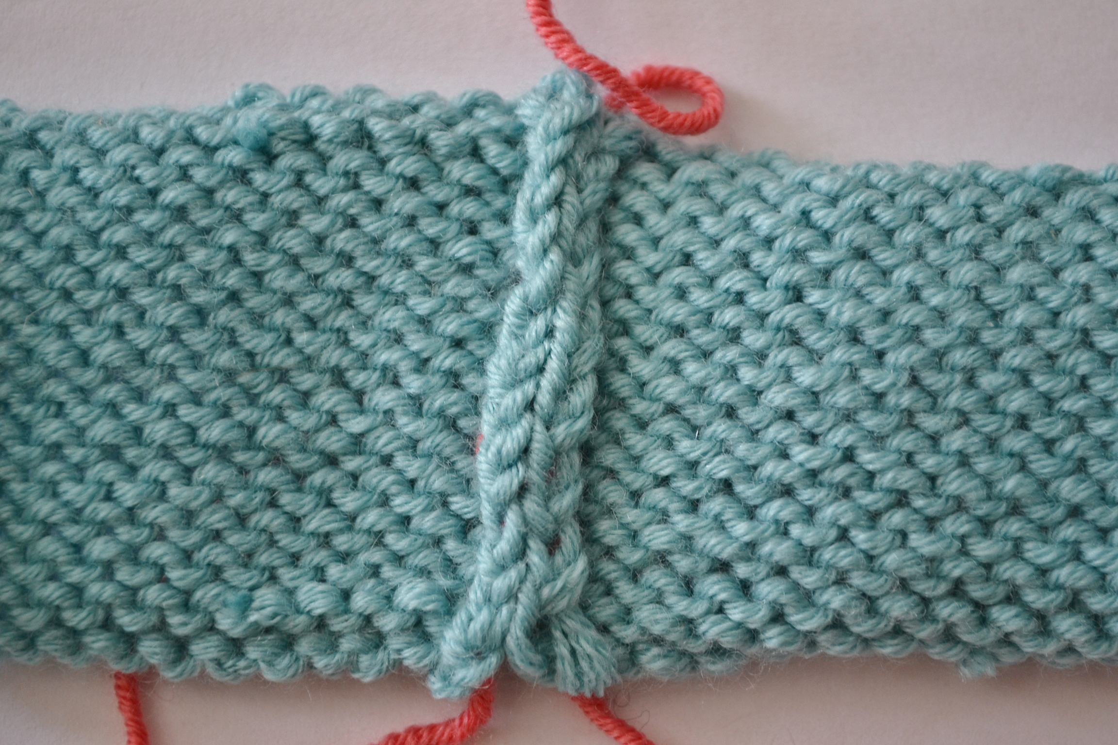 Knitting Stitches Joining Seams : How to Sew Invisible Vertical Seams in Knitting with Mattress Stitch - aknitica