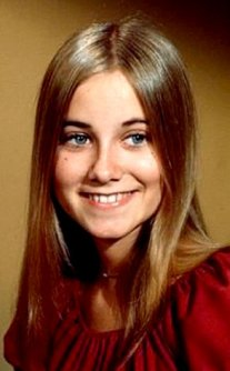 Image result for maureen mccormick in the brady bunch